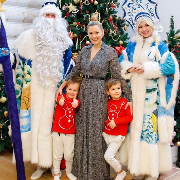 До болезни Кожевникова успела сводить старших сыновей на елку