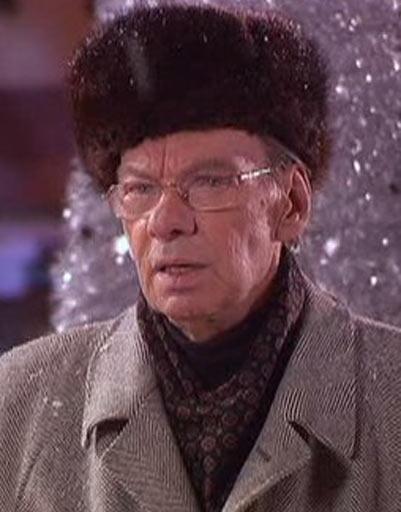 В продолжении «Карнавальной ночи» Баталов лишь на короткое время повляется на экране