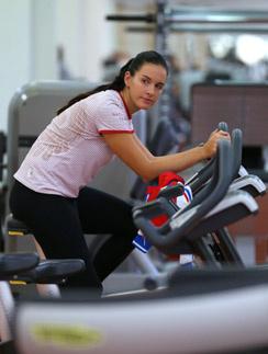 Мария Комиссарова на тренировке по ски-кроссу. Комиссарова ехала на Олимпиаду–2014 за «золотом», но так и не вышла на старт