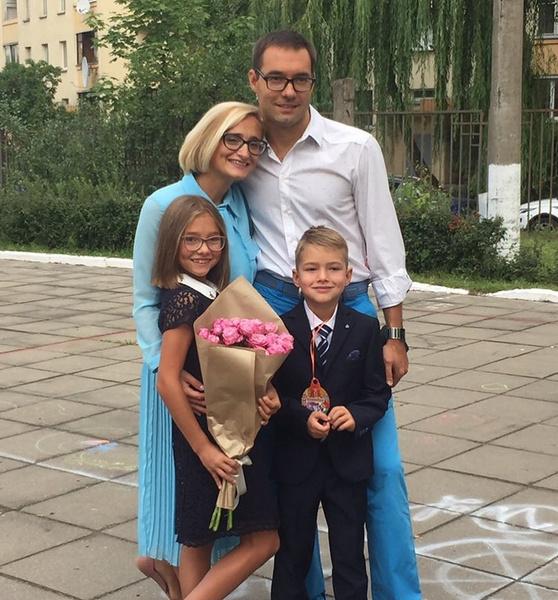 Сейчас Анна с семьей живет в Минске