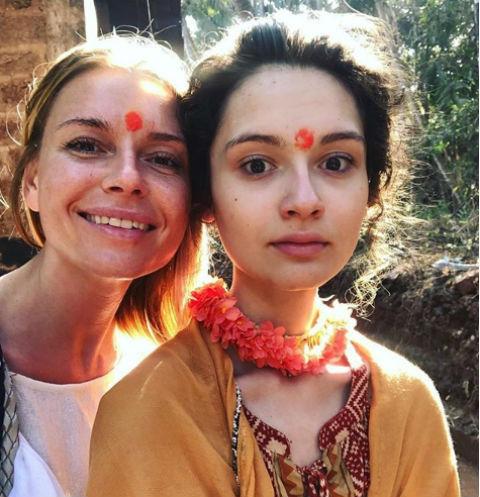 Любовь Толкалина с дочерью Машей