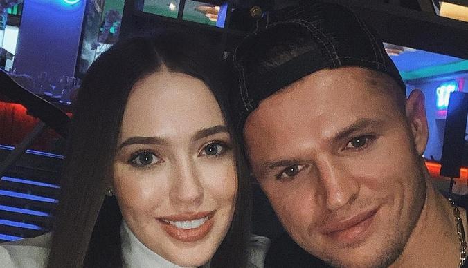 Дмитрий Тарасов: «Моя жена не работает. Сколько я ей даю, столько и тратит»