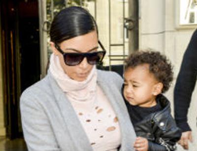 Ким Кардашьян оставила дочь в отеле