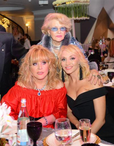Алла Пугачева с близкой подругой и Кристина Орбакайте