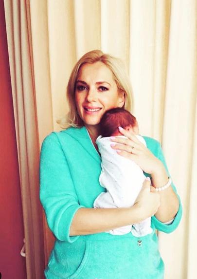 Порошина поделилась первым фото с новорожденным