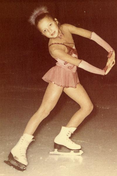 Елена Бережная начала заниматься фигурным катанием в трехлетнем возрасте
