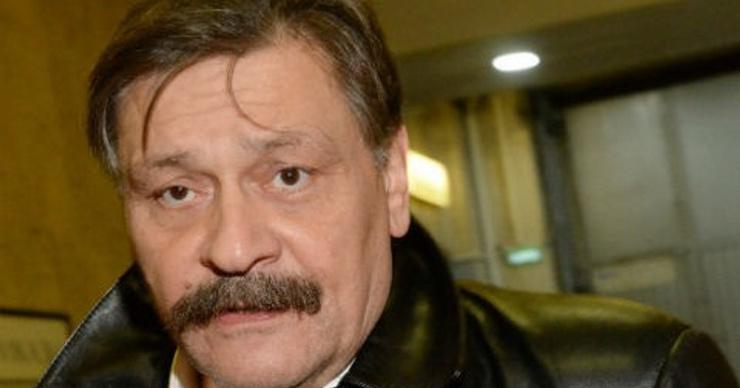 Звезда сериала «Кухня» Дмитрий Назаров доставлен в больницу