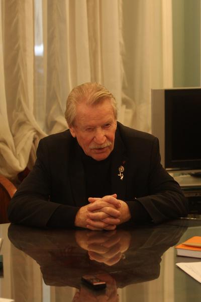 Иван Иванович хочет встретиться с предполагаемым сыном