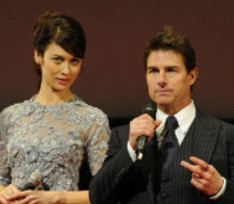 Том Круз и Ольга Куриленко представили фантастический фильм «Обливион»