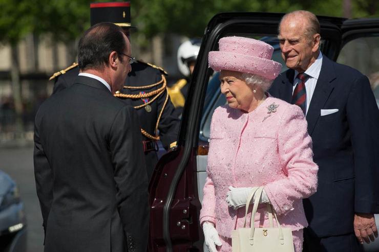 Долгое время принц Филипп лечился от коронавируса
