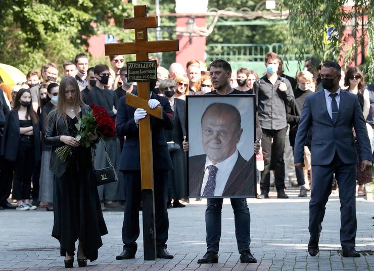 Владимир Меньшов будет покоиться на Новодевичьем кладбище