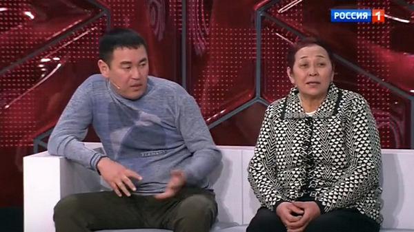 Улукбек Сулейманов с матерью