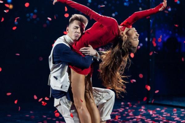 Алексею удавались как лирические, так и быстрые танцы