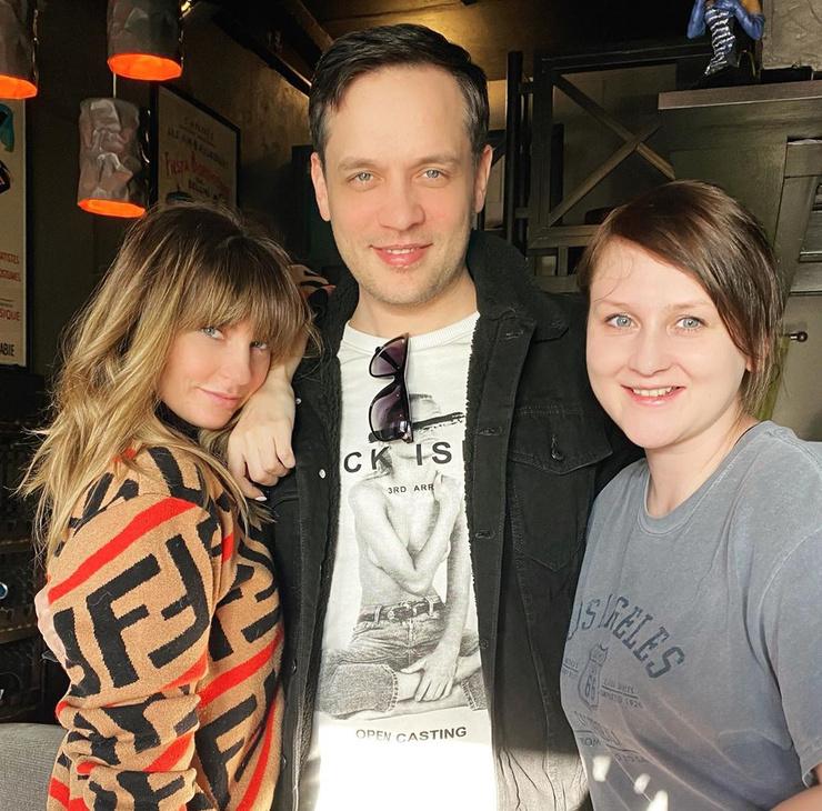 Саша Савельева, Александр Асташенок и Юлия Бужилова