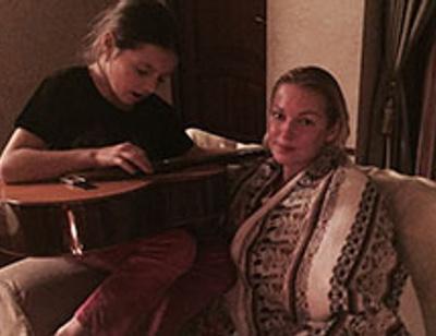 Дочь Анастасии Волочковой написала песню о несчастной любви