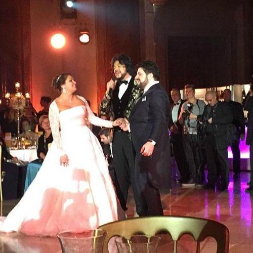 Первый танец жених и невеста исполнили под песню Пугачевой в исполнении Киркорова