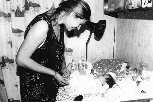 29 сентября 1996 года Анна впервые стала мамой – на свет появилась ее дочь Софья