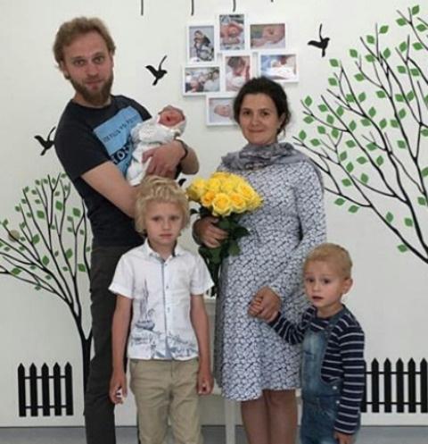Вальтер Соломенцев с Галиной и детьми