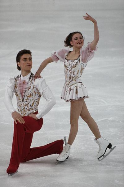 В 11 Екатерина Гордеева стала партнершей 15-летнего Сергея Гринькова