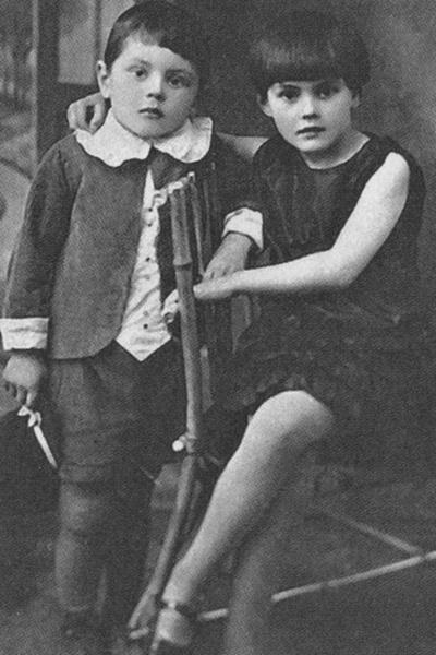 В 10 лет Донатас Банионис был разлучен с сестрой Дануте