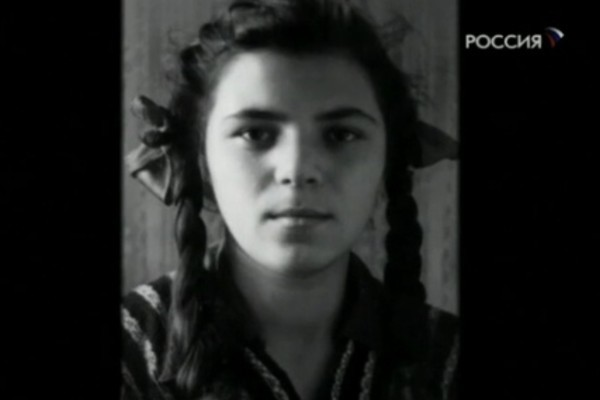 Майя Кристалинская с детства увлекалась музыкой, но не планировала стать певицей
