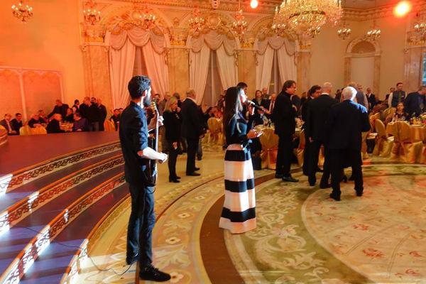 Поминки проходили в одном из самых шикарных банкетных залов Москвы