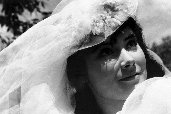 Самойлова считалась одной из самых красивых актрис своего поколения