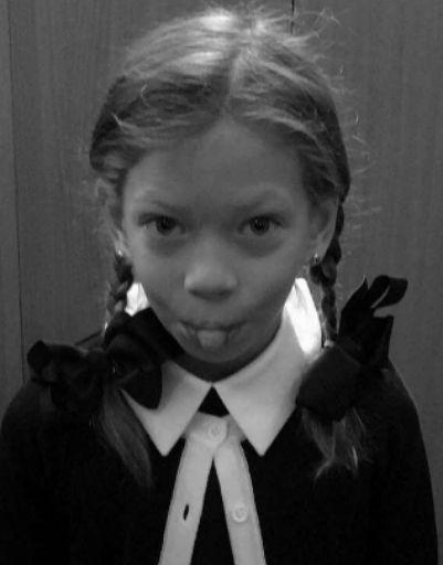 Дочь Веры Брежневой пошла в школу в Киеве