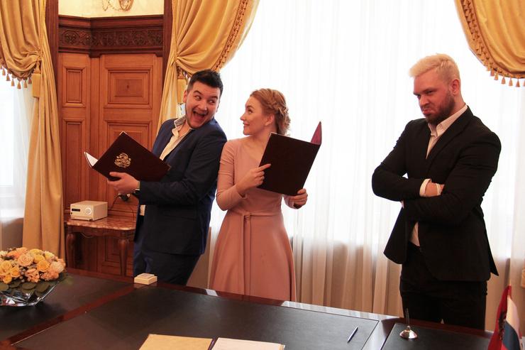 Стиль жизни: Красавцы Love Radio провели свадьбы в Грибоедовском ЗАГСе – фото №3