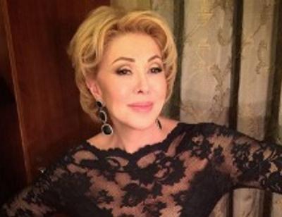 62-летняя Любовь Успенская продемонстрировала чудеса растяжки