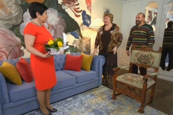 Галина Коньшина и ее супруг Александр в восторге от своей новой гостиной