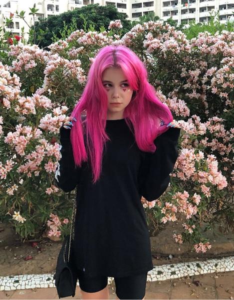 Ранее Ксения рассказывала, что столкнулась с анорексией, но близкие помогли ей справиться с проблемой