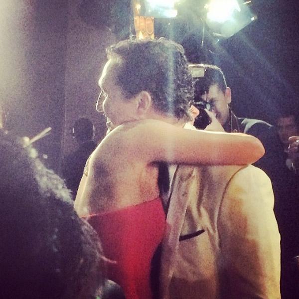 Дженнифер Лоуренс расчувствовалась и бросилась обнимать победителя Мэттью Макконахи
