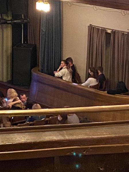 Муцениеце и Шипенко сидели в ложе