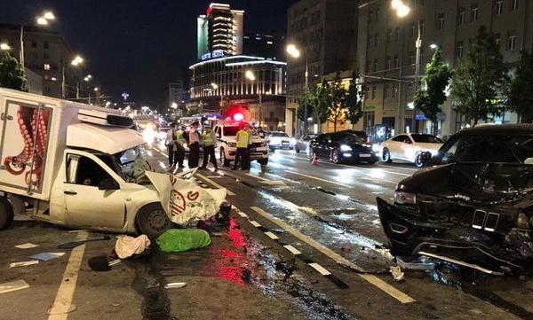 Скончался водитель фургона, пострадавший в ДТП с Михаилом Ефремовым