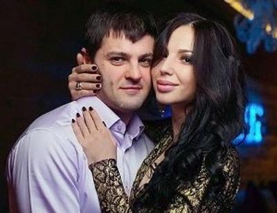 Беременная экс-супруга Александра Радулова показала округлившийся живот