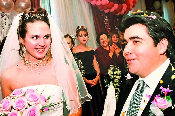 Свадьба Ирины и Рикардо состоялась 7 августа 2003 года