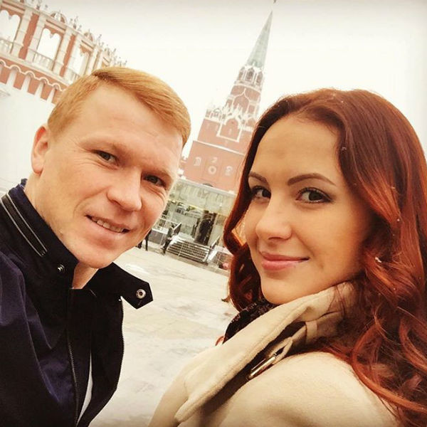 Евгений счастлив со своей избранницей Анастасией