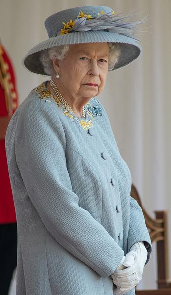 Елизавета II пока не согласилась на встречу с родственниками