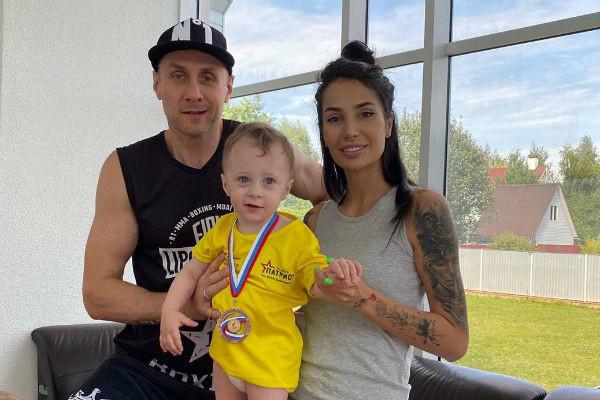Саша Кабаева: «Я бы уже в 19 лет пошла в эскорт и сейчас не парилась»