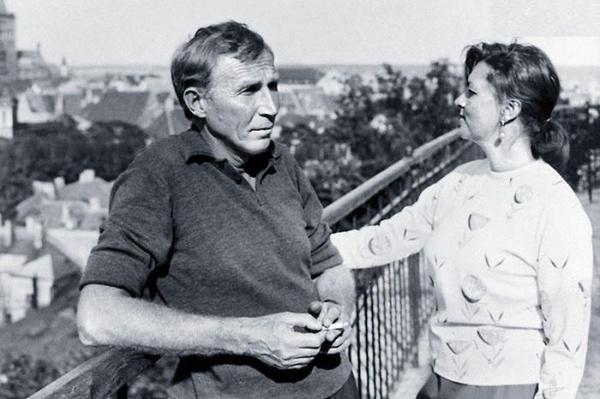 Актер смог преодолеть кризис в отношениях с женой, Юлией Фридман