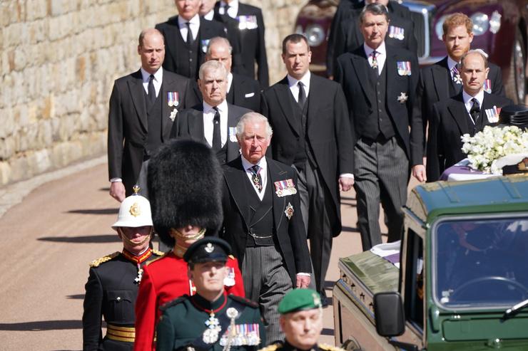 Принц Филипп шел за гробом