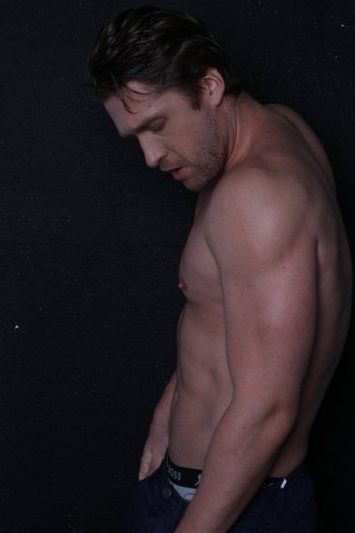 Актер находится в прекрасной физической форме