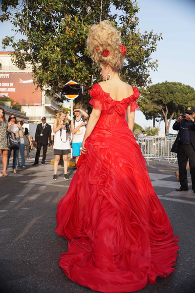 Новости: Лена Ленина опоздала на церемонию открытия Каннского кинофестиваля – фото №3