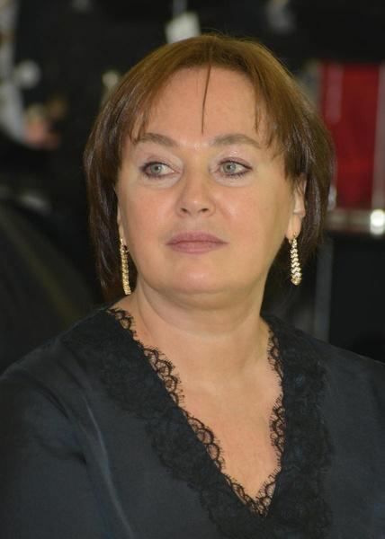 Ренат в восторге от Ларисы Гузеевой