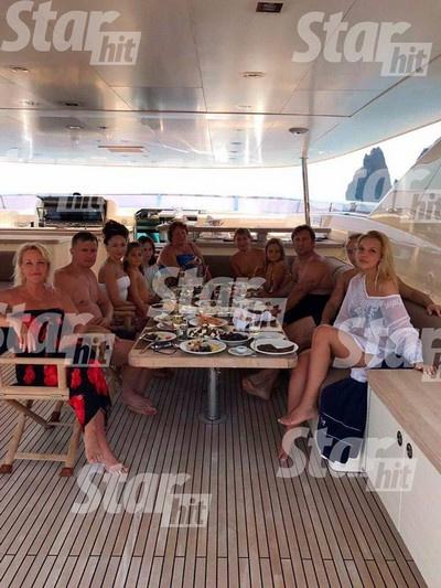День рождения старшего сына Марии Максаковой отпраздновали на яхте
