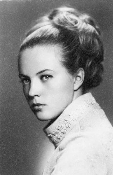Мать Ирины Леоновой умерла от рака