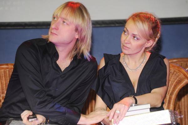 Яна Рудковская стала встречаться с Евгением Плющенко в конце 2000-х