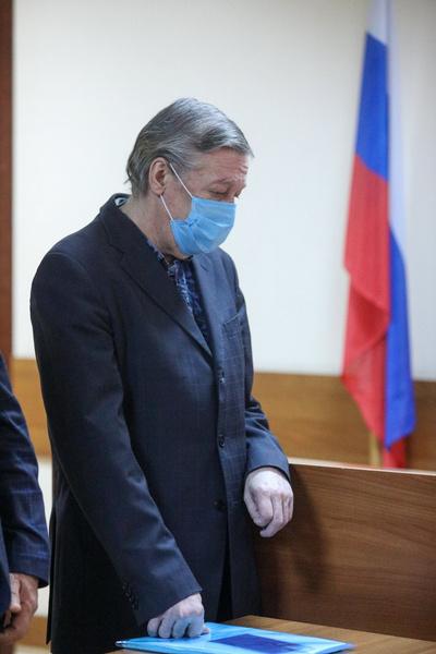 Актер не раз просил прощения у родных погибшего Сергея Захарова