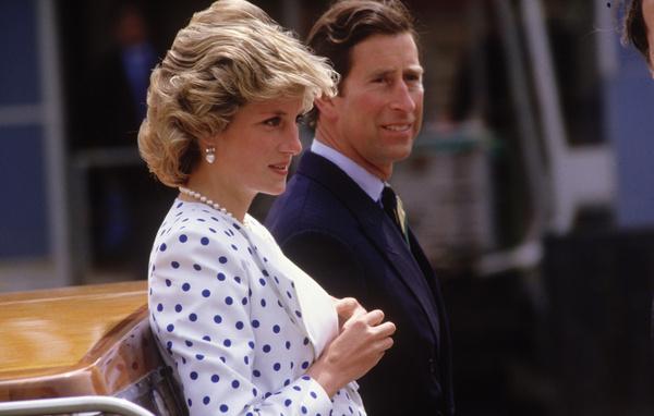 Принцесса Диана пыталась покончить с собой, когда была беременна Уильямом